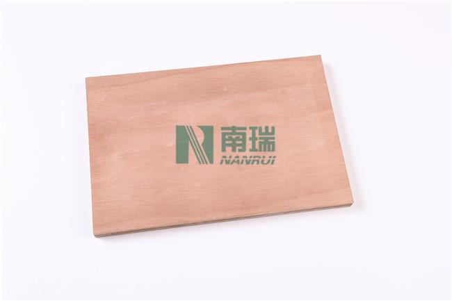 杨桉结合胶合板
